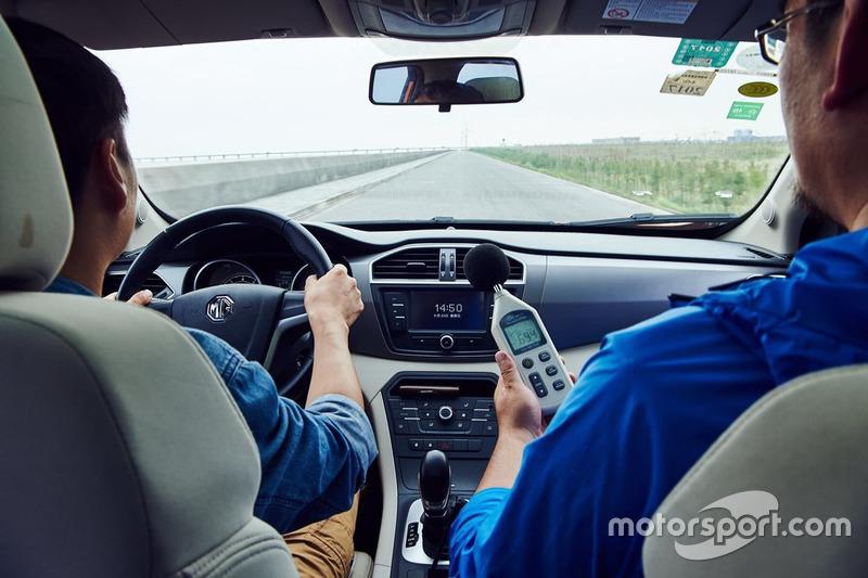 2016《车迷》读者日暨米其林旅悦轮胎体验日活动分贝测试