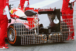 Kimi Raikkonen, Ferrari SF16-H running sensor equipment on the rear wing
