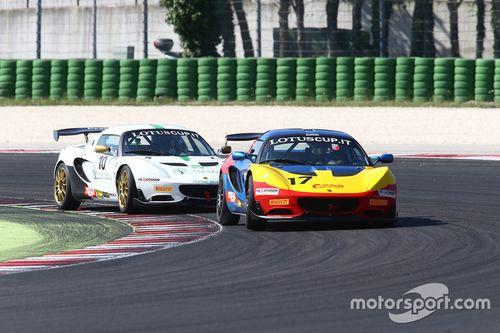 Lotus Cup Italia, annuncio monogomma Pirelli