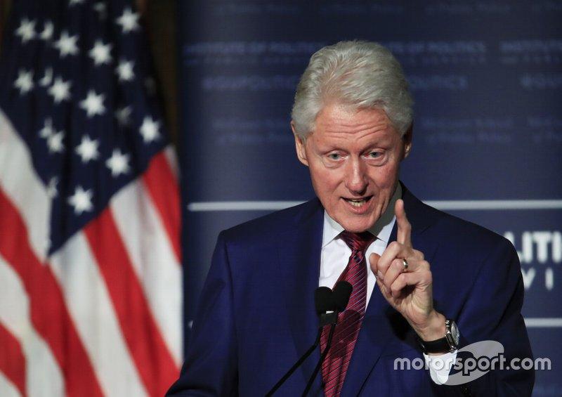 В США прошли президентские выборы – победу на них одержал Билл Клинтон