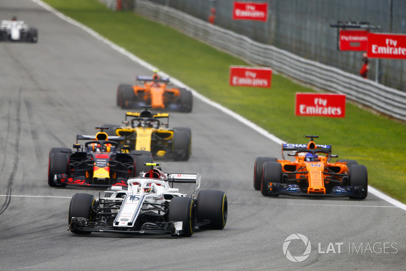 Charles Leclerc, Alfa Romeo Sauber C37, Daniel Ricciardo, Red Bull Racing RB14 Tag Heuer, Fernando Alonso, McLaren MCL33, Nico Hulkenberg, Renault Sport F1 Team R.S. 18, y Stoffel Vandoorne, McLaren MCL33