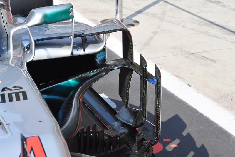 Dérives latérales de la Mercedes AMG F1 W09