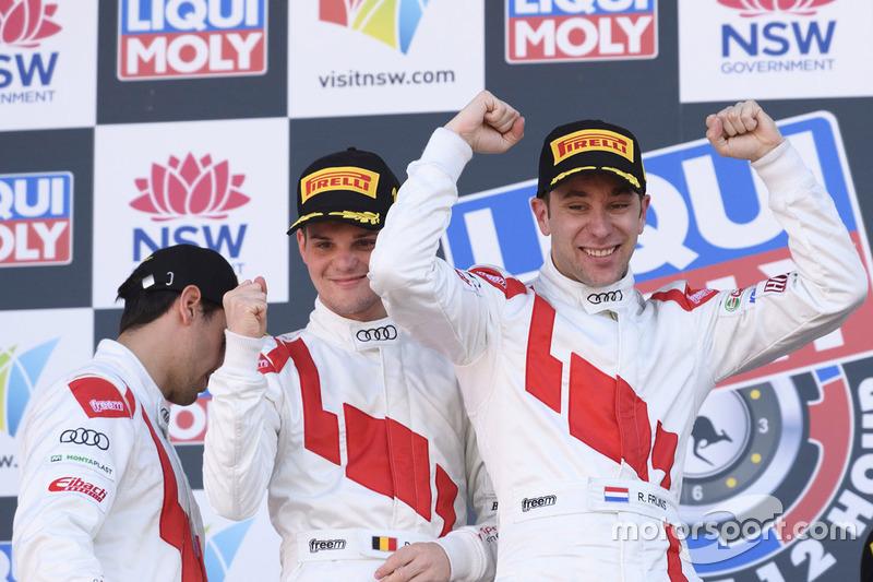 Podium: racewinnaars Robin Frijns, Stuart Leonard, Dries Vanthoor, Audi Sport Team WRT