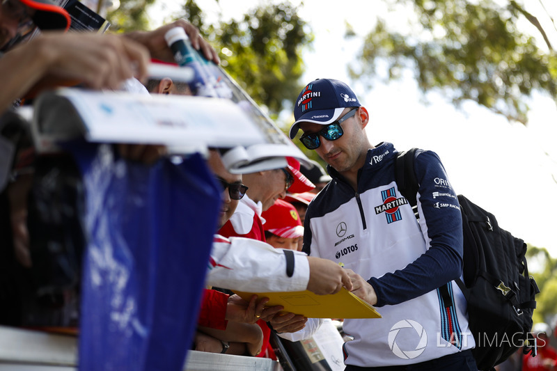 Robert Kubica, Williams Martini Racing, signs autographs for fans