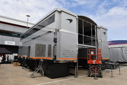 McLaren trucks