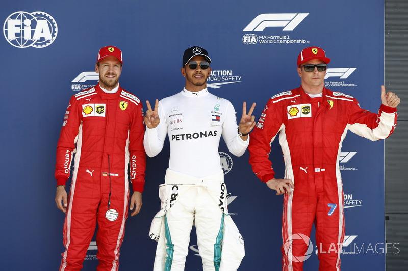 Обладатель поула Льюис Хэмилтон, Mercedes AMG F1, второе место – Себастьян Феттель, третье место – Кими Райкконен, Ferrari