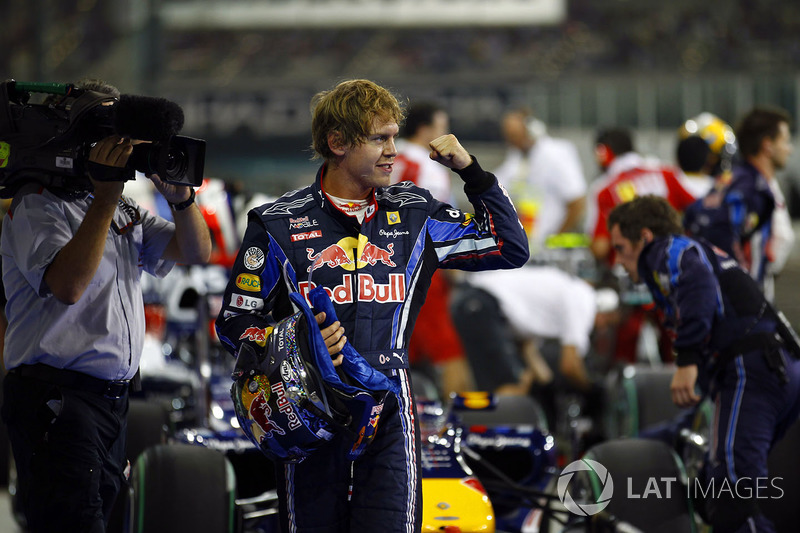 Sebastian Vettel, Red Bull Racing RB6 Renault, dans le parc fermé