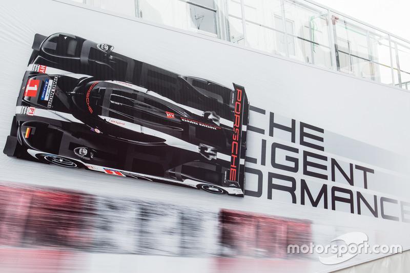 Зона Porsche Team