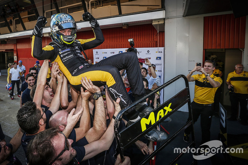 Max Fewtrell, R-Ace GP, Champion 2018