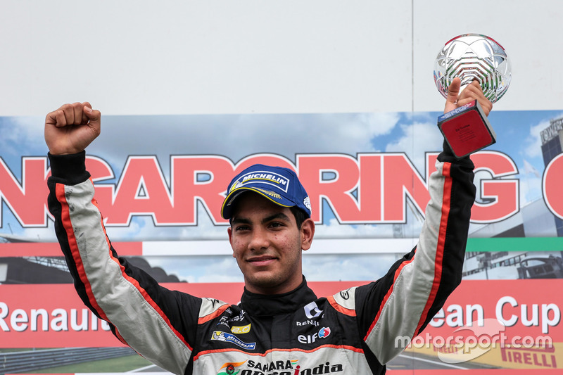 Podium: winner Jehan Daruvala, Josef Kaufmann Racing