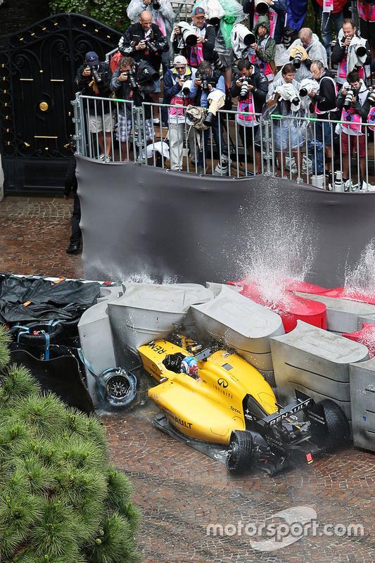 5. Choque de Jolyon Palmer, Renault Sport F1 Team RS16