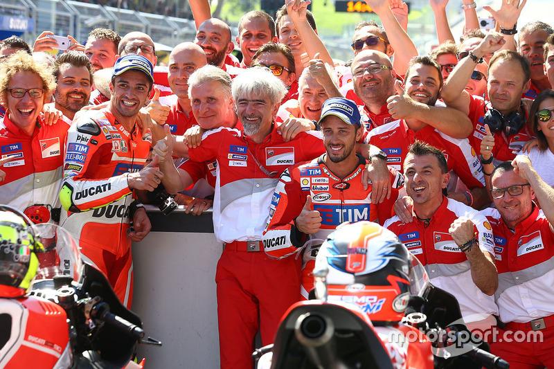 Winner Andrea Iannone, Ducati Team, second place Andrea Dovizioso, Ducati Team and Gigi Dall'Igna, D