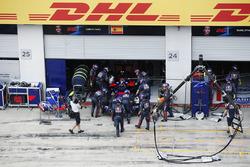 Сход: Карлос Сайнс-мл., Scuderia Toro Rosso STR12