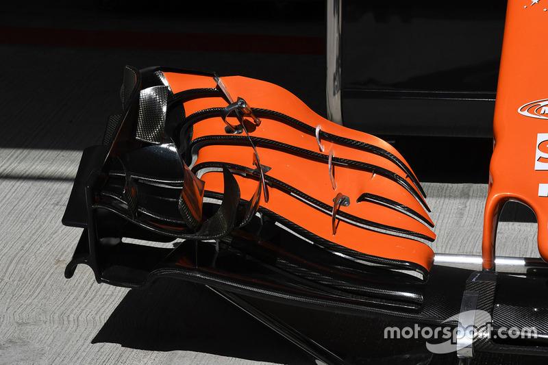 McLaren MCL32, detalle del alerón delantero