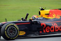 Racewinnaar Max Verstappen, Red Bull Racing RB13 viert feest