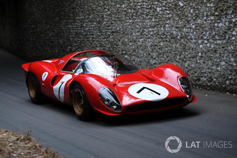 Джеки Стюарт, Ferrari 330 P4