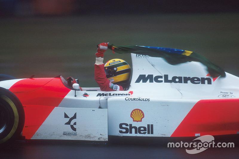 Race winner Ayrton Senna, McLaren MP4/8 Ford