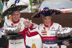 Podium : les vainqueurs Kris Meeke, Paul Nagle, Citroën World Rally Team