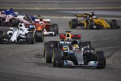 Lewis Hamilton, Mercedes F1 W08, Daniel Ricciardo, Red Bull Racing RB13, Felipe Massa, Williams FW40, Kimi Raikkonen, Ferrari SF70H
