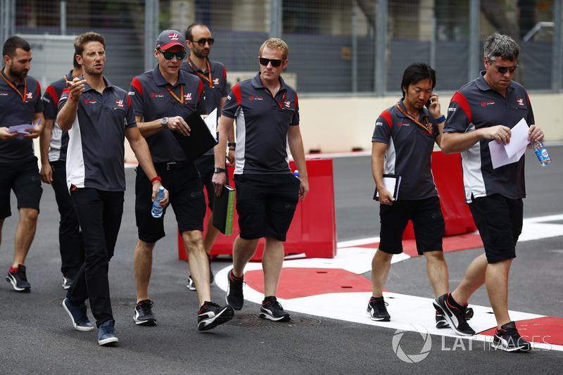 Trackwalk: Romain Grosjean, Haas F1 Team