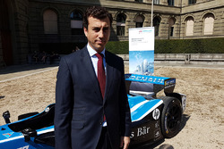 Alberto Longo, Co-Fondatore e Chief Championship Officer, Formula E Holdings