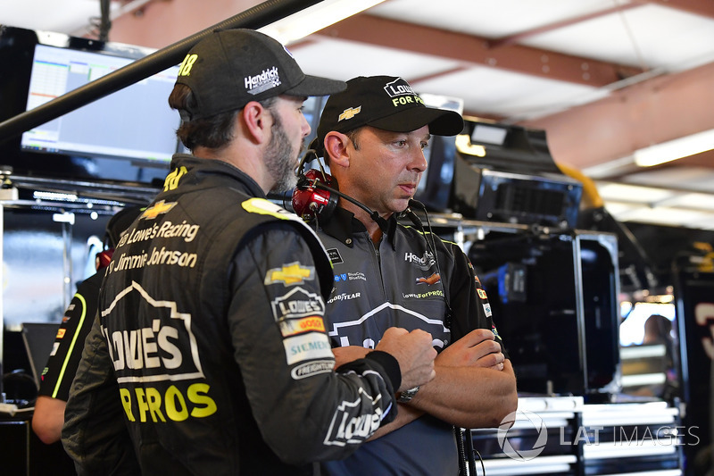 Jimmie Johnson, Hendrick Motorsports, Chevrolet Camaro, mit Chad Knaus