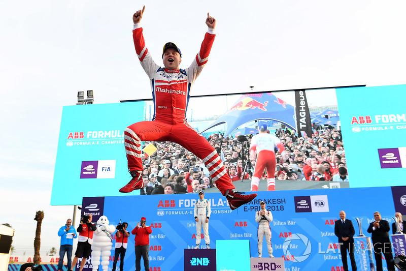 4. Podio: ganador de la carrera Felix Rosenqvist, Mahindra Racing