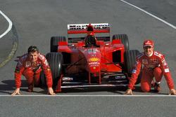 Eddie Irvine en Michael Schumacher, Ferrari