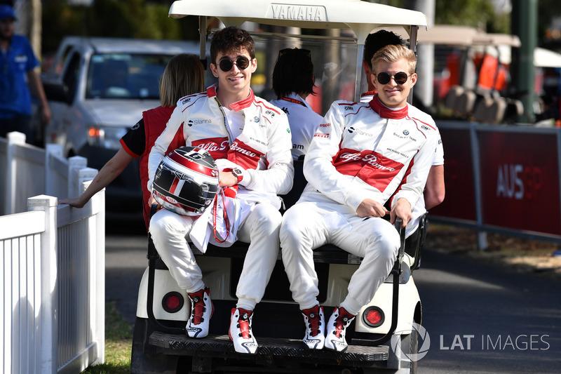 Charles Leclerc, Sauber F1 Team et Marcus Ericsson, Sauber F1 Team
