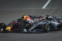Lewis Hamilton, Mercedes AMG F1 W09, and Max Verstappen, Red Bull Racing RB14 Tag Heuer, make contact resulting in a puncture for the latter