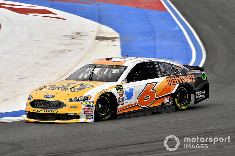 16. Trevor Bayne, Roush Fenway Racing, Ford Fusion AdvoCare Rehydrate