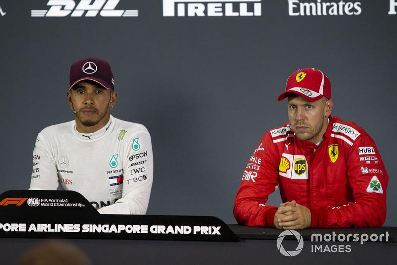 Lewis Hamilton, Mercedes AMG F1 e Sebastian Vettel, Ferrari, in conferenza stampa