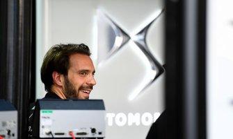 Jean-Eric Vergne, DS TECHEETAH in the garage