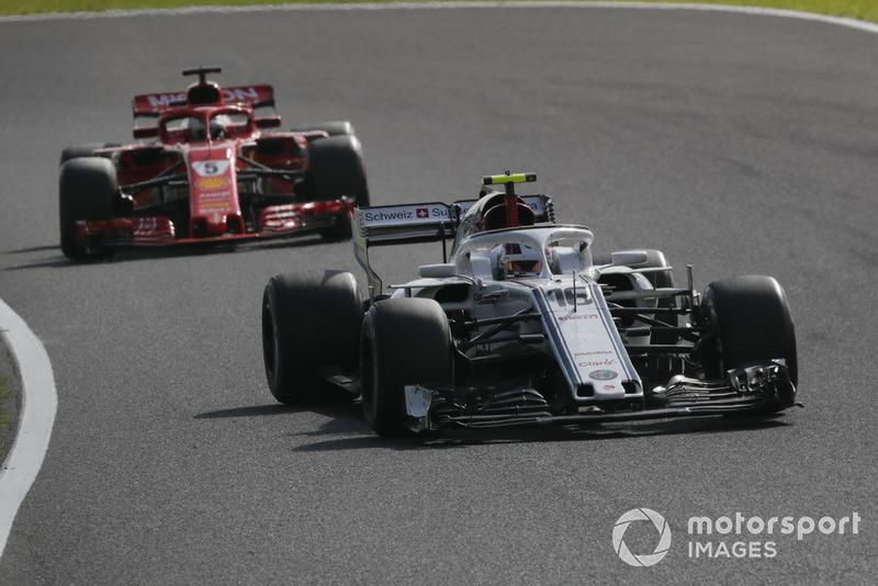 Шарль Леклер, Sauber C37, Себастьян Феттель, Ferrari SF71H