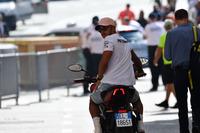 Lewis Hamilton, Mercedes-AMG F1 ve MV Agusta motosikleti
