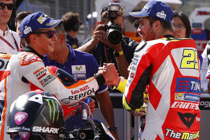 Polesitter Marc Marquez, Repsol Honda Team nel parco chiuso