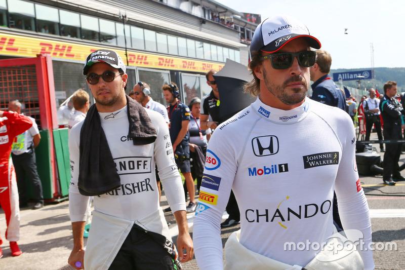 Fernando Alonso, McLaren in griglia