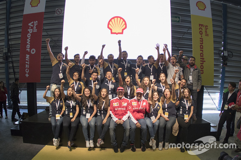 Kimi Raikkonen, Ferrari y Marc Gene, Piloto de prueba, Scuderia Ferrari y estudiantes de la UNAM en el Shell Eco-marathon cars