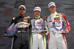 Rookie Podium: first place Lando Norris, Carlin Dallara F317 - Volkswagen, second place Jehan Daruvala, Carlin, Dallara F317 - Volkswagen , third place Mick Schumacher, Prema Powerteam, Dallara F317 - Mercedes-Benz