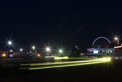 Траса вночі