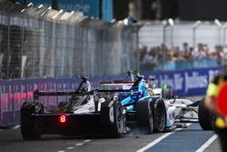 Choque: Stéphane Sarrazin, Venturi y Robin Frijns, Amlin Andretti Formula E Team