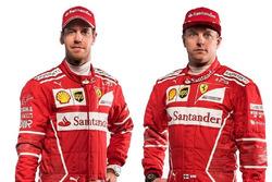 Sebastian Vettel y Kimi Raikkonen, pilotos de la ScuderiaFerrari