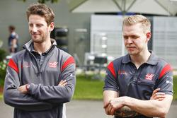 Romain Grosjean, Haas F1 Team, and Kevin Magnussen, Haas F1 Team