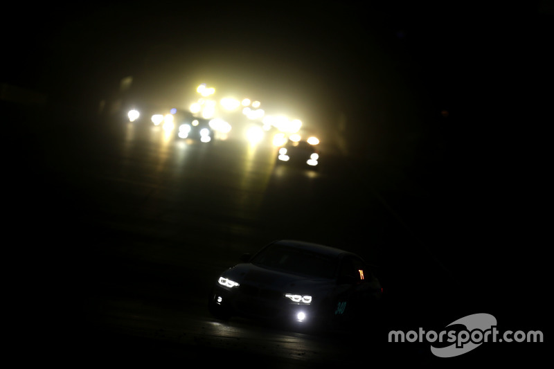 Race action in the night