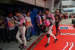 Sergio Perez, Sahara Force India, Esteban Ocon, Sahara Force India and Pierre Gasly, Scuderia Toro Rosso in parc ferme