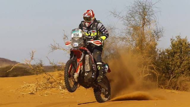 Africa Eco Race: Day 10 highlights - Bikes