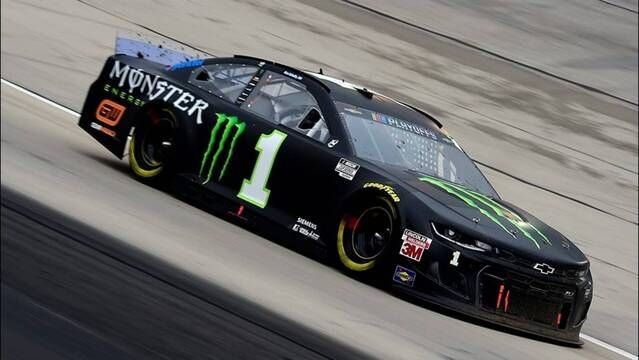 Kurt Busch returns to Chip Ganassi Racing with new teammate Ross Chastain