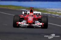 Schumacher starts 2004 with Australian GP pole