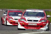 BTCC: Brands Hatch round six goes to James Thompson
