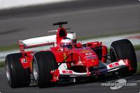 Barrichello leads first British GP practice